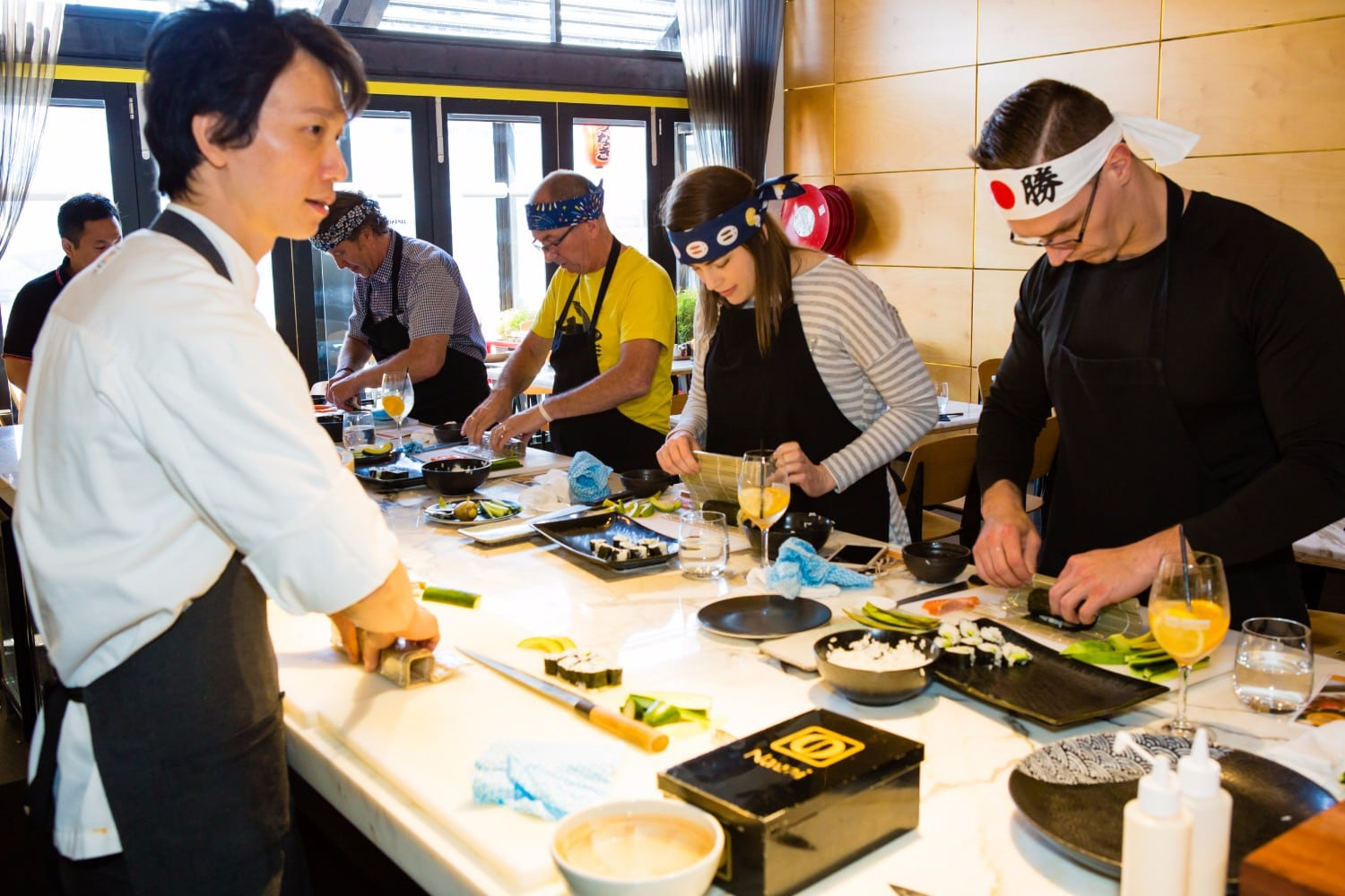 Melbourne-experiences-sushi-making-class