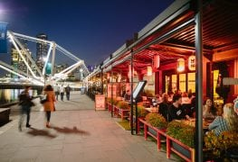 south wharf restaurants