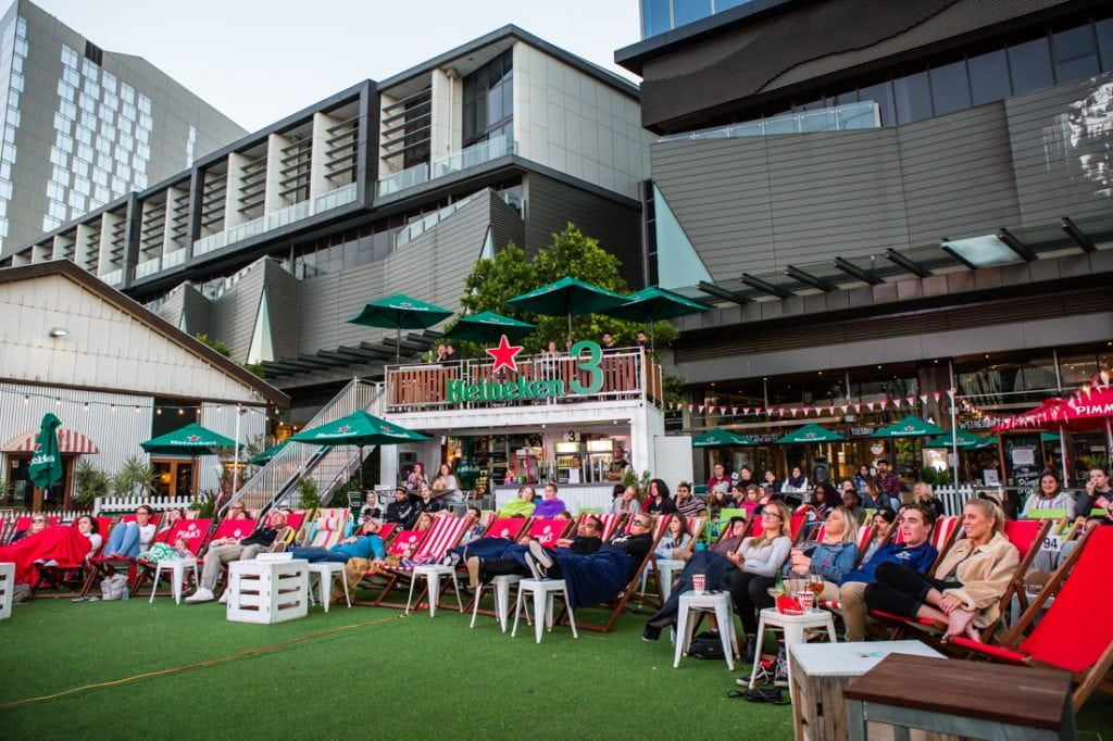 pop-up-cinema-south-wharf